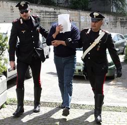VIMERCATE – TRUFFATORE TENTA DI INCASSARE UN BONIFICO: ARRESTATO