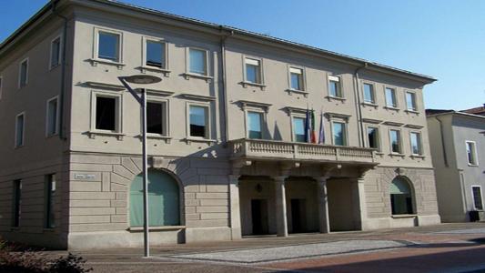 SEREGNO – CONSIGLIO COMUNALE : LEGA E NOIxSEREGNO ABBANDONANO L'AULA