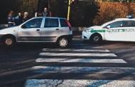 SEREGNO-NONNO IN AUTO TRAVOLGE DONNA SULLE STRISCE PEDONALI