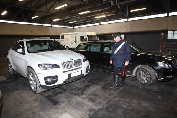CESANO – TRUFFA AI DANNI DI PROPRIETARI DI AUTO: SGOMINATA LA GANG DEGLI ASSEGNI POSTALI