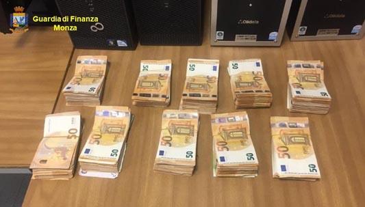 SEVESO – LA GDF SEQUESTRA 300MILA EURO IN CONTANTI A DITTA DEL SETTORE ELETTRONICO